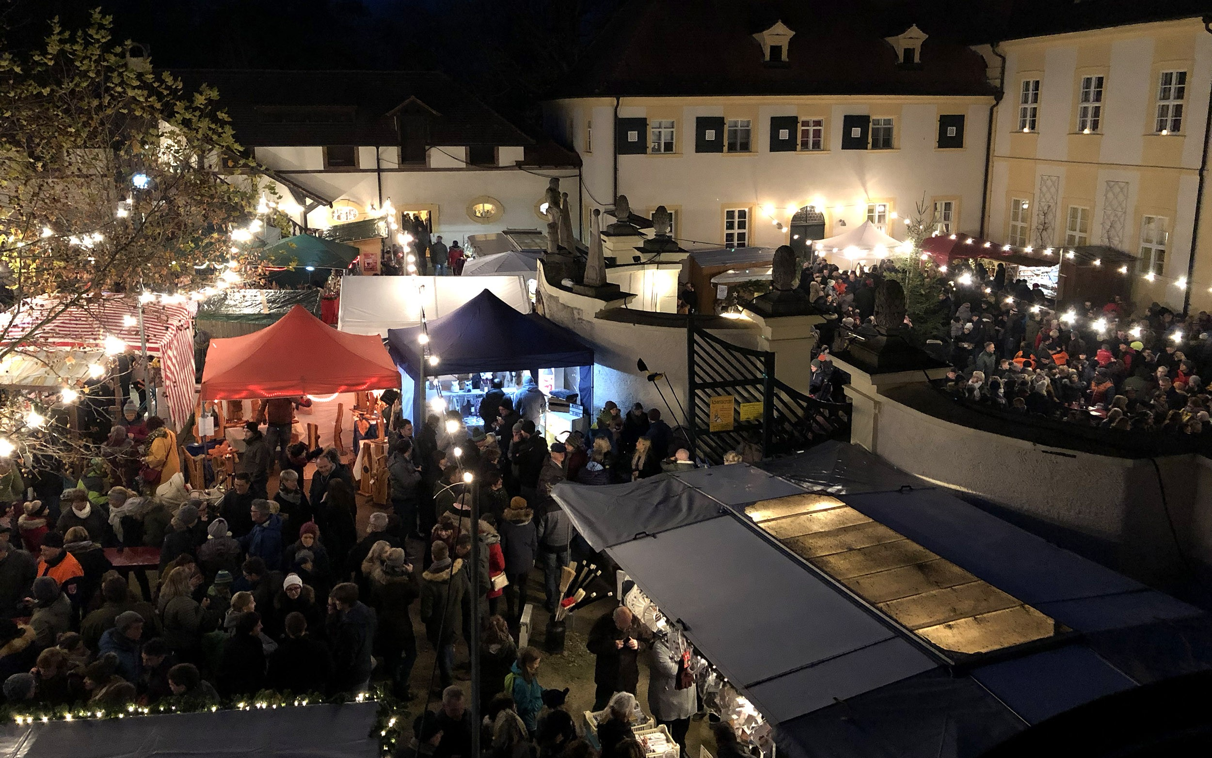 Weihnachtsmarkt im Schloss Oberschwappach